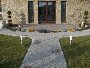 granite-garden-pathway