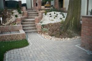 granite-pathway-pattern